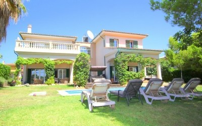 Chalet for Sale in Cala Vinyes, Balearic Islands, Spain