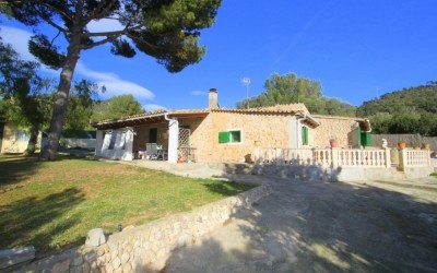 Chalet for Sale in Calvia, Balearic Islands, Spain
