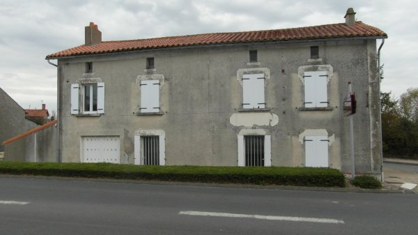 House for Sale in Pompaire, Poitou-Charentes, France