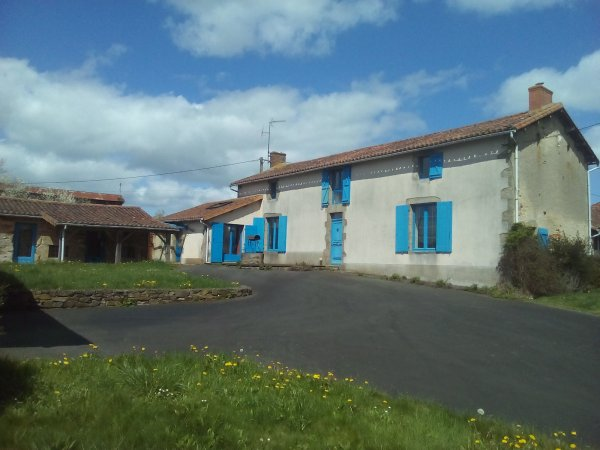 House for Sale in Courlay, Poitou-Charentes, France