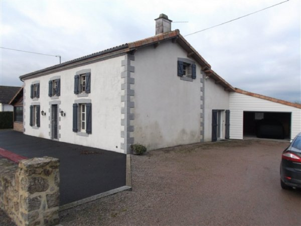 House for Sale in Clesse, Poitou-Charentes, France