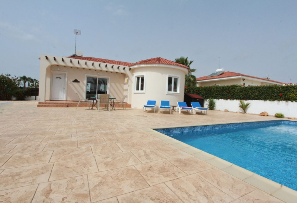 Bungalow for Sale in Ayia Thekla, Cyprus
