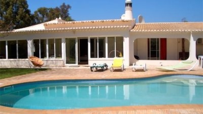 Villa for Sale in Alvor, Portugal