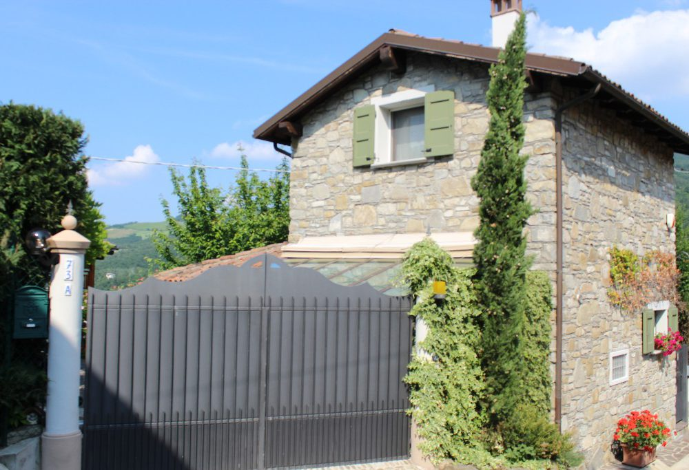 House of Character for Sale in Camugnano, Emilia Romagna