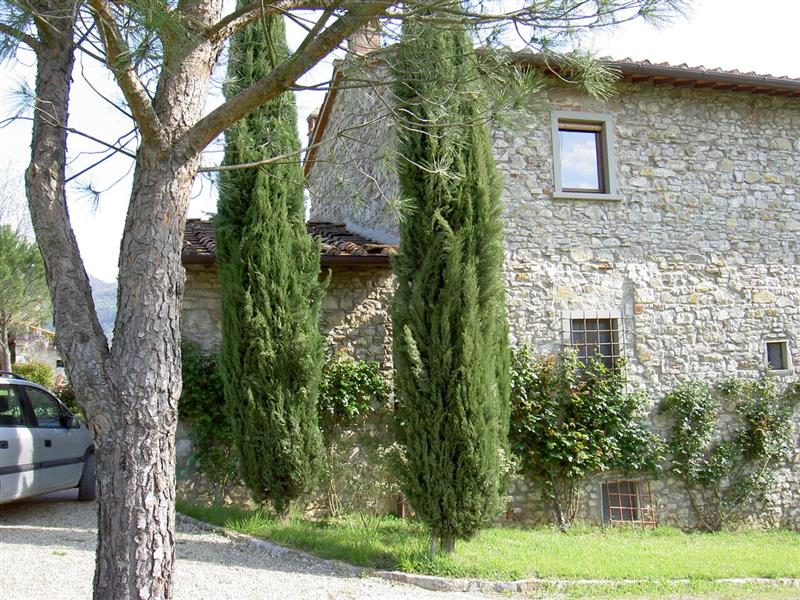 House for Sale in Tuscany, Caserta, Italy