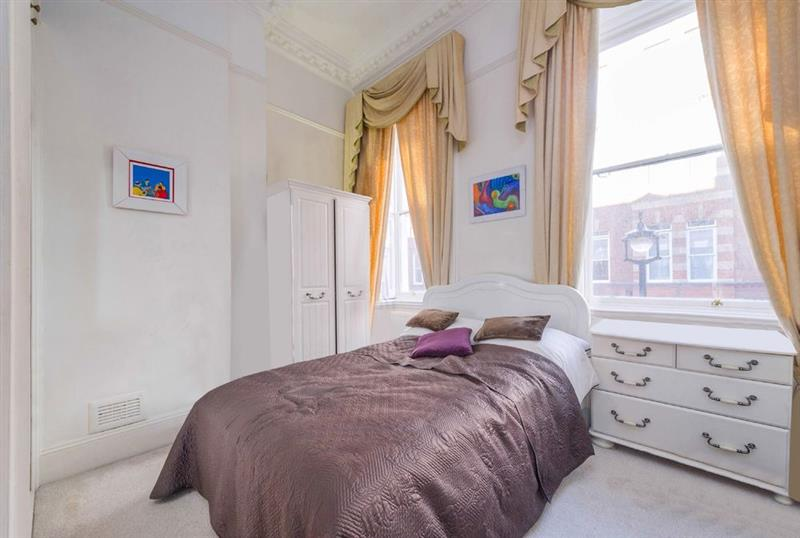 Flat for Sale in Westminster