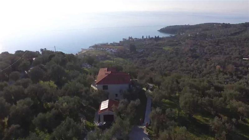House for Sale in Kalamos in South Pelion, Larisa, Greece