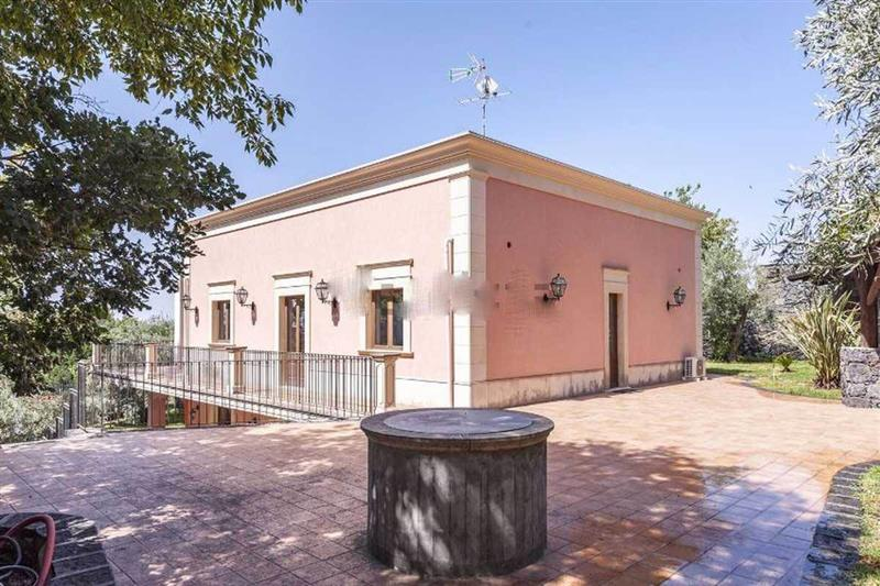 House for Sale in Sicily, Palermo, Italy