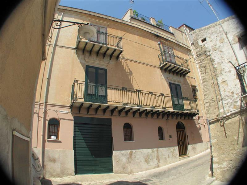 House for Sale in Palermo, Palermo, Italy