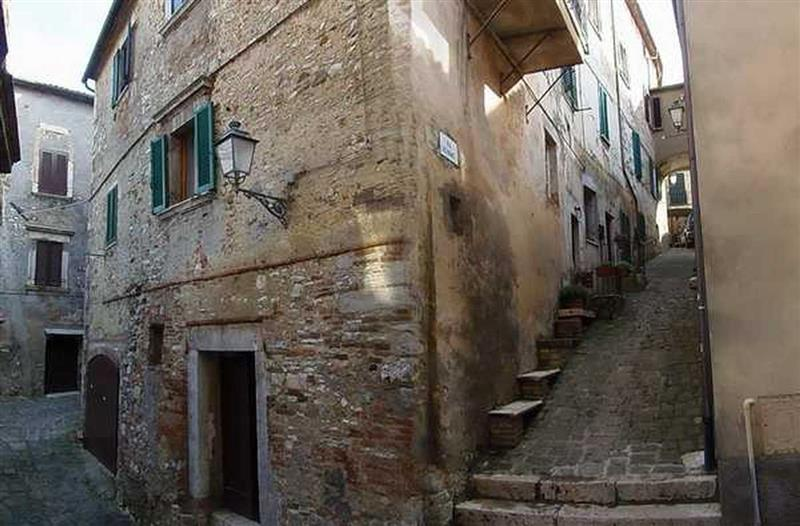House for Sale in Siena, Siena, Italy