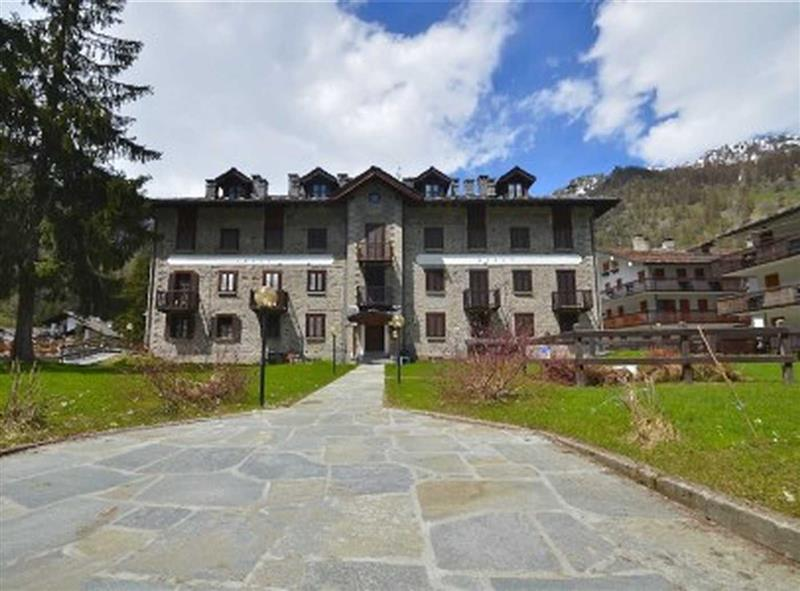 Flat for Sale in Gressoney-La-Trinite, Aosta, Italy