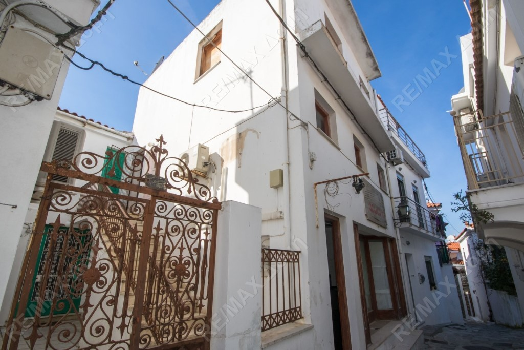 Maisonette for Sale in Chora (Main town)