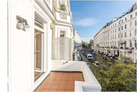 3 Bedroom Apartment for Sale in Kensington