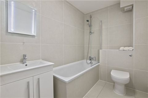 2 Bedroom Apartment for Sale in Shoreditch
