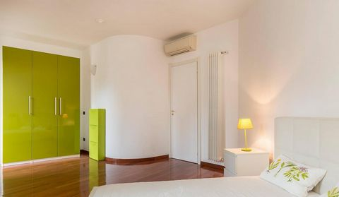 3 Bedroom Apartment for Sale in Milano