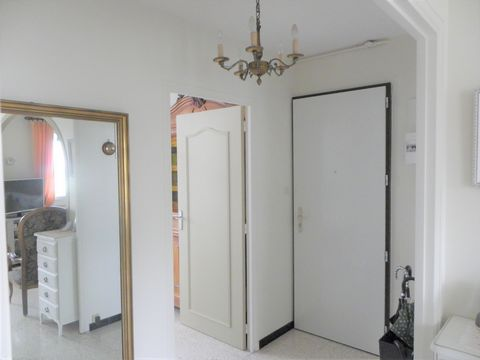 3 Bedroom Apartment for Sale in Nimes