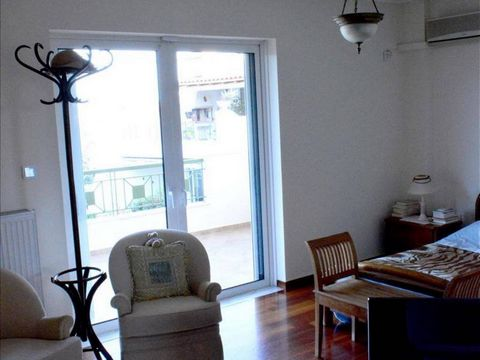 3 Bedroom Apartment for Sale in Pikermi