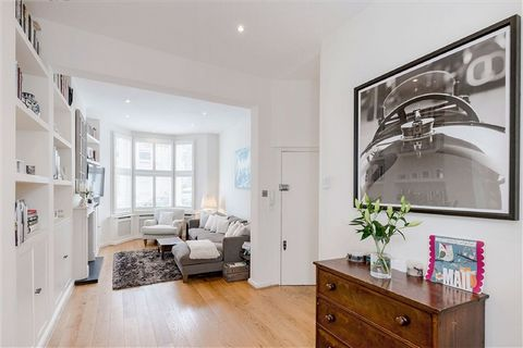 3 Bedroom Apartment for Sale in London
