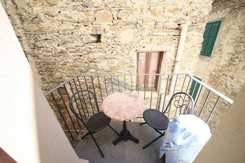 2 Bedroom Apartment for Sale in Dolceacqua