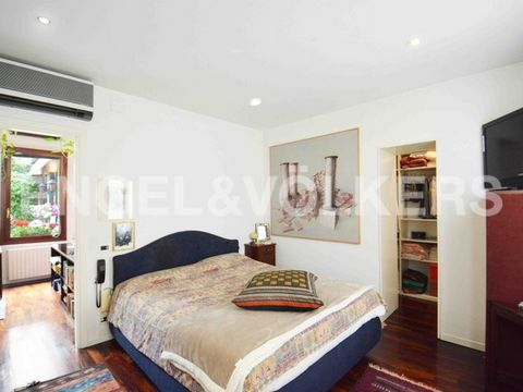 4 Bedroom Apartment for Sale in Venezia