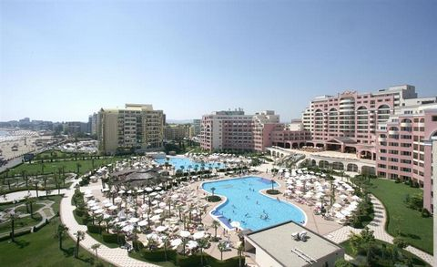1 Bedroom Apartment for Sale in Superb Apartment in Majestic Complex in Sunny Beach Bulgaria