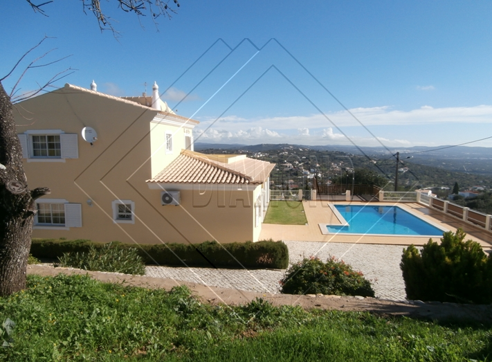 Villa for Sale in Loule, , Portugal