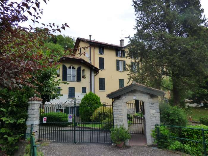 Apartment for Sale in Lake Como, Italy
