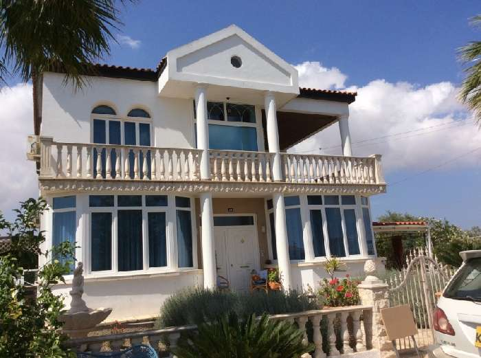 Villa for Sale in Frenaros