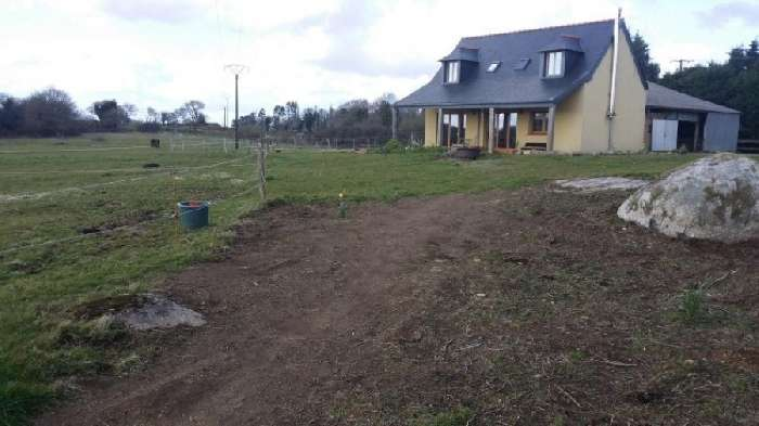 House for Sale in St. Nicodeme, France
