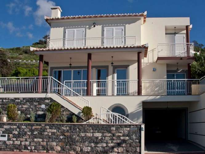 Villa for Sale in Ribeira Brava, Portugal