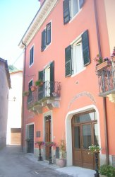 House for Sale in Bagni di Lucca, Italy