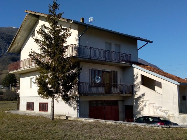 House for Sale in Abruzzo, Italy