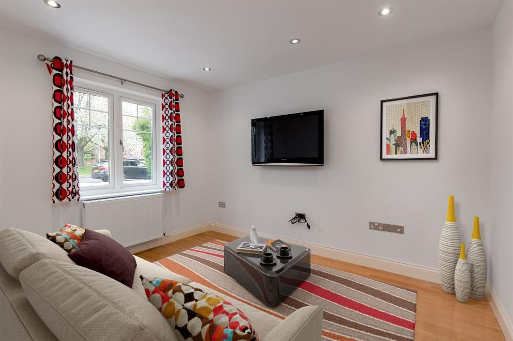 Detached House for Sale in HIgh ShInclIffe