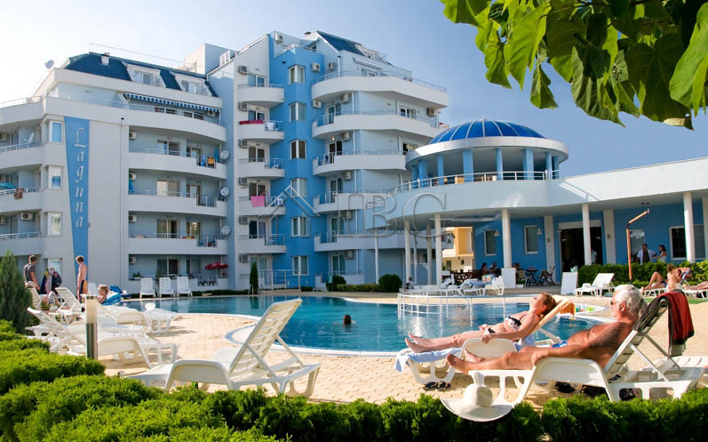 SpacIous 1-bedroom apartment In Laguna 2, Sunny Beach, 200 m to the sea