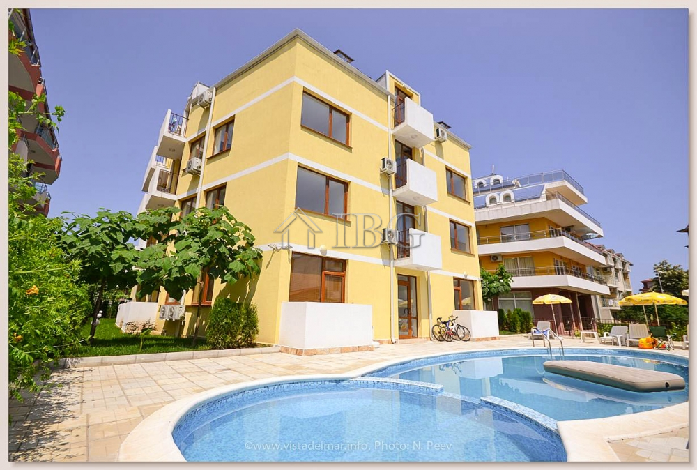 FurnIshed studIo for sale 250 meters from the south beach In Ravda, vIlla Flora