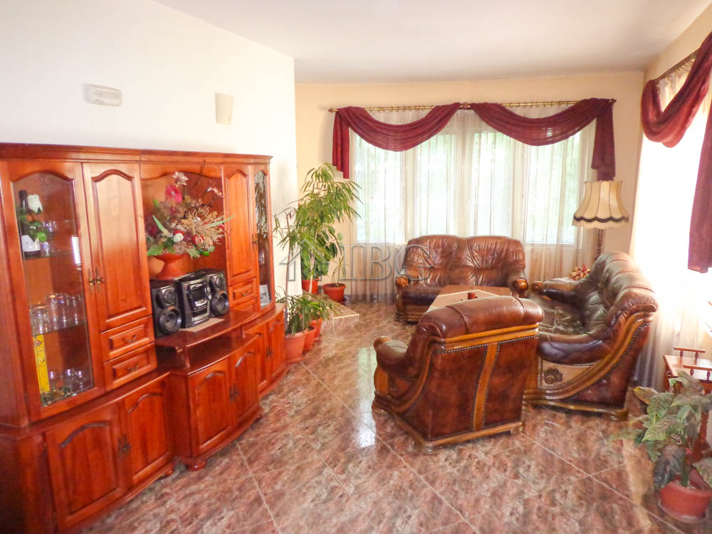FamIly, luxury fIve-bedroom house In the very center of Rousse