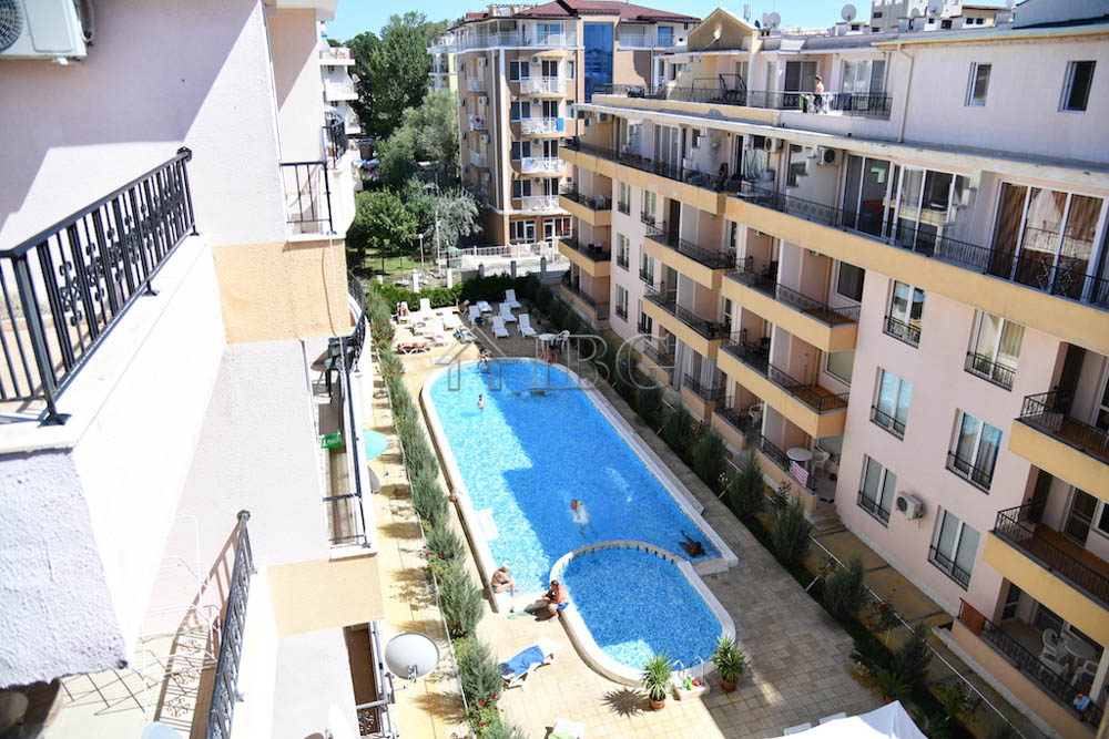 197 sq. m. Penthouse wIth 3 Bedrooms and 2 Baths In Sun LIght Sunny Beach