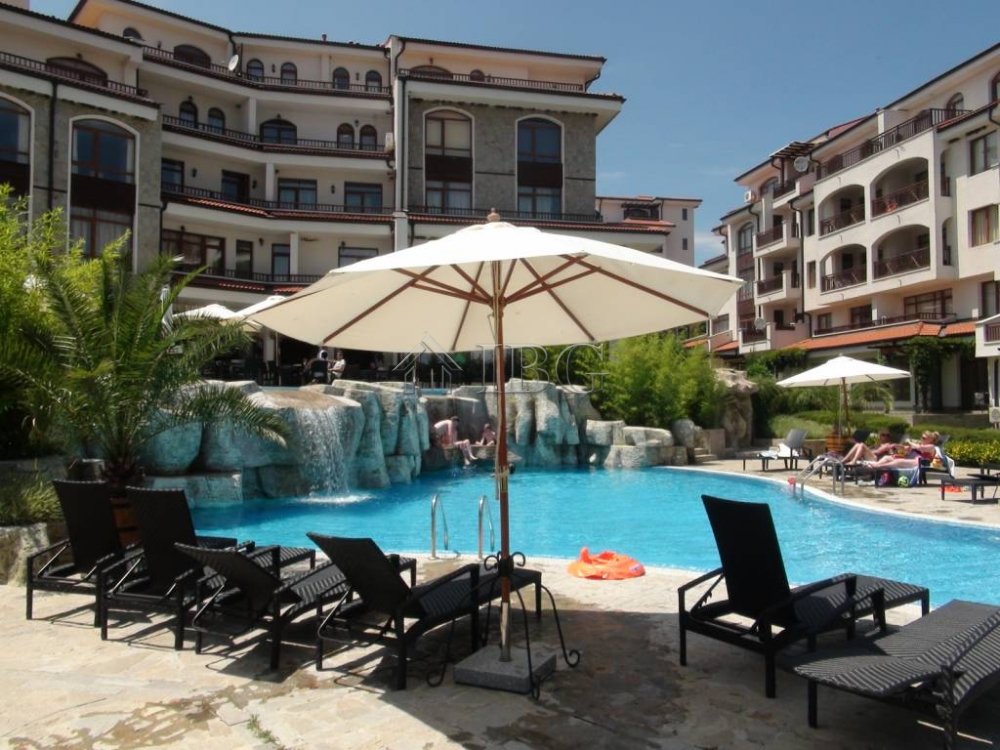 Excellent 1-Bedroom apartment wIth pool vIew In VIneyards SPA, Aheloy