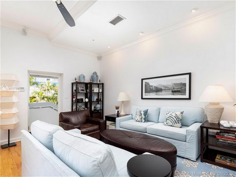 4 Bedroom Apartment for Sale in Miami