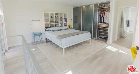 1 Bedroom Apartment for Sale in Venice