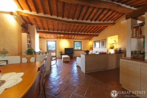 Bedroom Apartment for Sale in Cetona