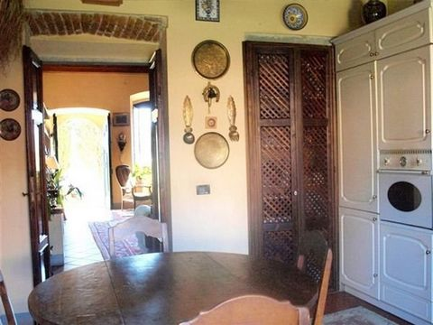 3 Bedroom Apartment for Sale in Firenze